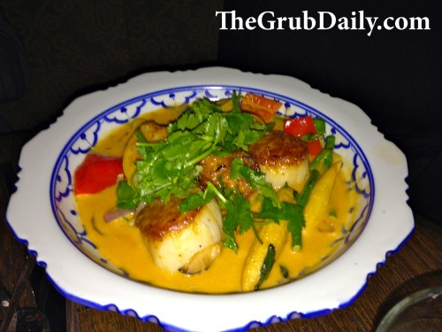 Scallops in Curry Sauce