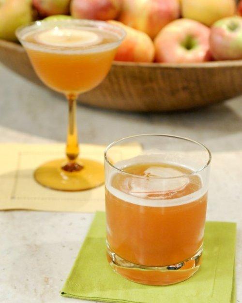 cider-burbon-drink-mslb7022_vert
